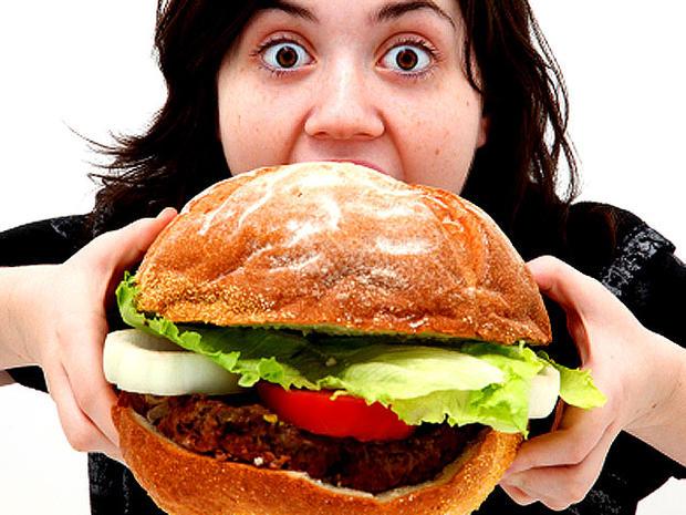 comer-compulsivamente-pode-estar-ligado-transtornos-emocionais-jamille-secchi-psicologia-coach-fitness-santa-catarina-camboriu-brasil-cabral-cid-seo-niteroi-vendas-online